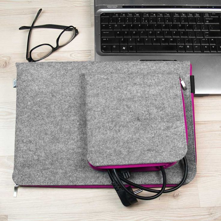 MACBOOK SLEEVE Felt Laptop Cover Macbook Air Case Macbook Pro Pink Zipper and Extra Pocket for Charger by PurolDesignBags on Etsy #macbook #sleeve #case #cover #tasche #schutzhulle
