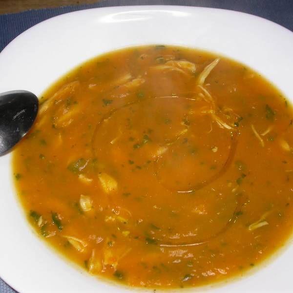 Sopa Cremosa De Abóbora Com Frango