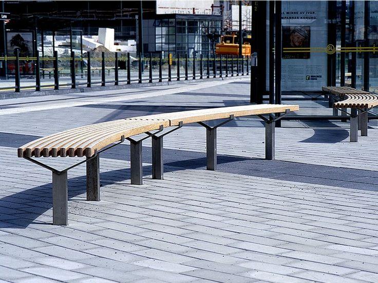 Banco curvo em aço e madeira LUMA | Banco curvo - Nola Industrier