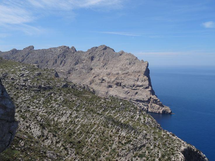 Piękne wybrzeże Majorki.