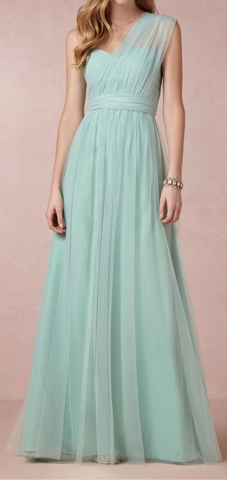 I altered a bridesmaid dress and it ended up looking just like this! (But in black lol) apparently I have style lol