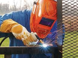 Welder Job WELDER JOB    Company        : Ferrous Casting, Precision                       Maching  Qualification     : Any Degree Fresh/Exp.      : Exp 2years – 5years . Salaryrange     : 10,000.00–18,000.00 Skilled          :  Welding Knowledge Place           : Sundarapuram – Covai   #Mechanica
