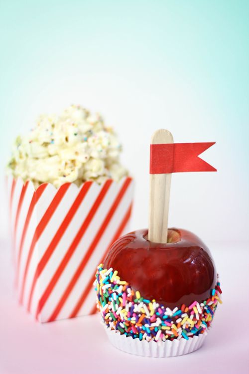 Classic Candied Apples and Marshmallow Popcorn Balls: Popcorn Ball, Candy Gingers, Sprinkles Baking, Classic Candy, Candy Apples, Yummy Fall, Marshmallows Popcorn, Easy Recipes, Yummy Treats