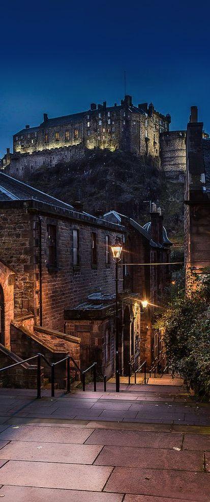 Edinburgh Castle, Scotland, UK - Must See Castles in Scotland