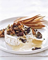 Faut que j'essaye ça! Warm Camembert with Wild Mushroom Fricassee - French Hors d'Oeuvres from Food & Wine