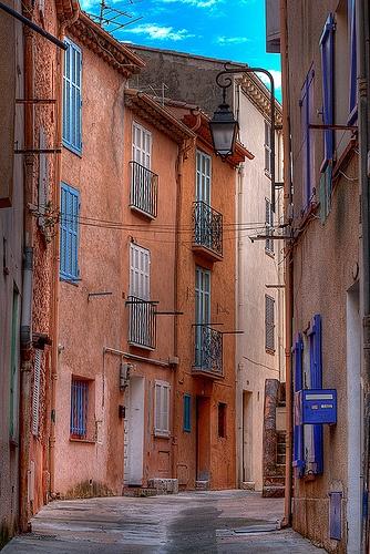 Rue du Suquet Cannes