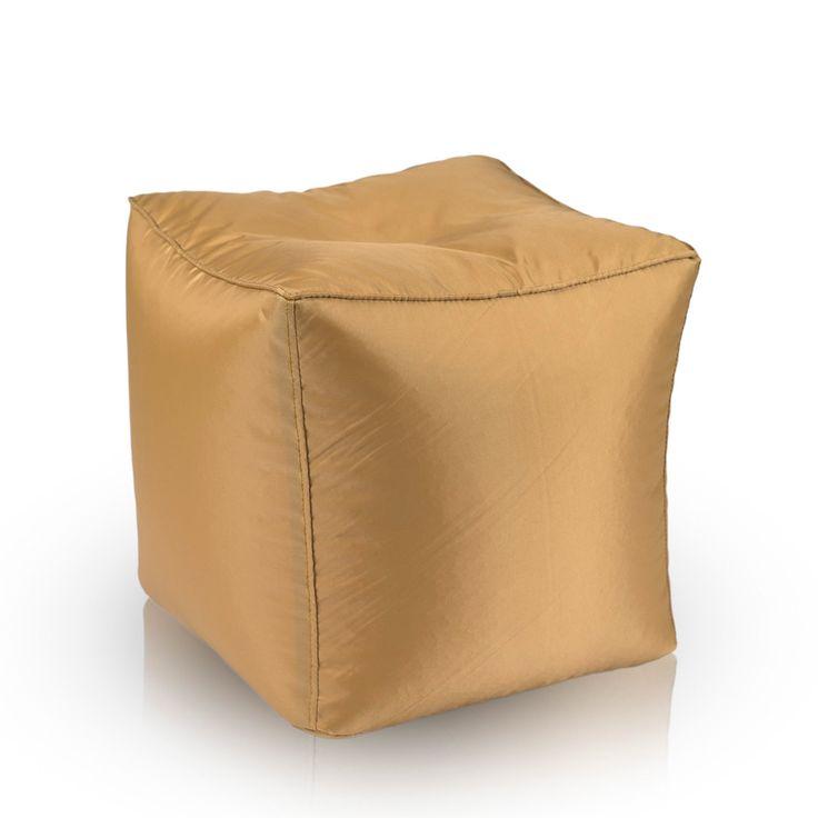 Pufa Cube S Gold dzięki zastosowaniu specjalnej, wodoodpornej tkaniny, stanowi świetny podnóżek na taras, balkon czy do ogrodu. Idealnie uzupełnia pozostałe produkty z serii Gold. Dostępna także w większej wersji L.  http://pufy.pl/na-zewnatrz/355-cube-s-gold.html http://pufy.pl/na-zewnatrz/356-cube-l-gold.html  #outdoor #balkon #taras #ogród #ogdródek #cubesgold #gold #starezłoto #wodoodpornapufa #pufanazewnątrz #pufypl