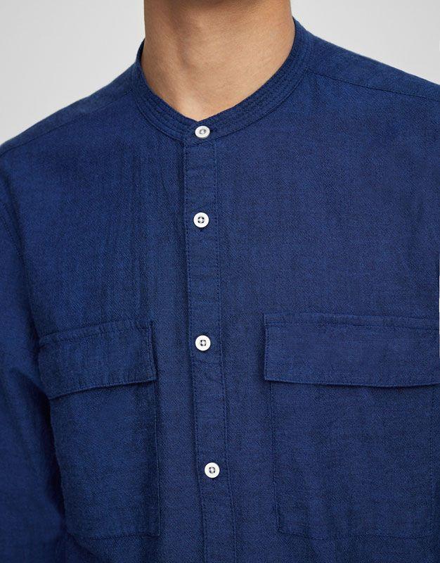 Рубашка с воротником-стойкой - Рубашки - Одежда - Для Мужчин - PULL&BEAR Российская Федерация