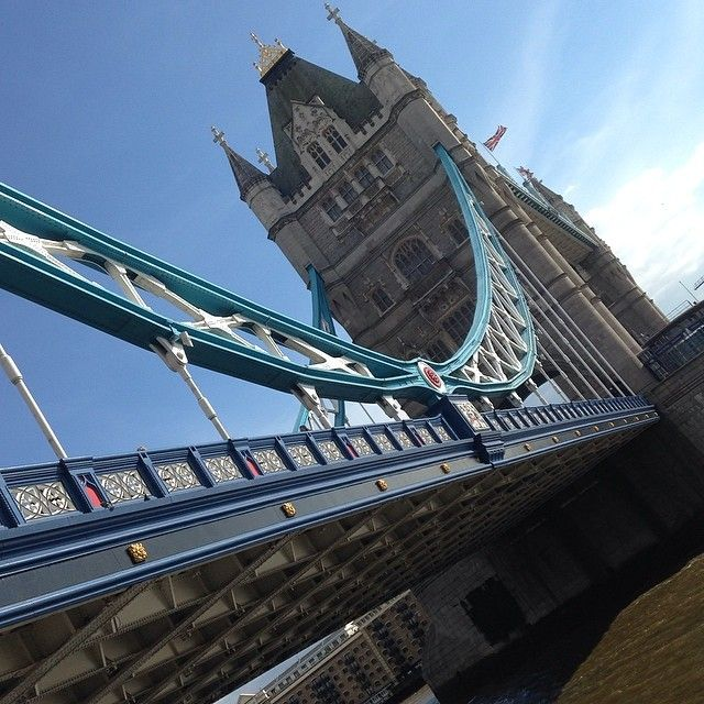 Tower Bridge in a sunny London today. We never get bored of this view. #ilovelondon #towerbridge #thames #feelinginspired