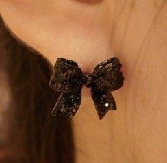Black bow earrings earrings female cute retro earrings, cheap fashion earring shop at : http://costwe.com/animal-earrings-c-50_100.html