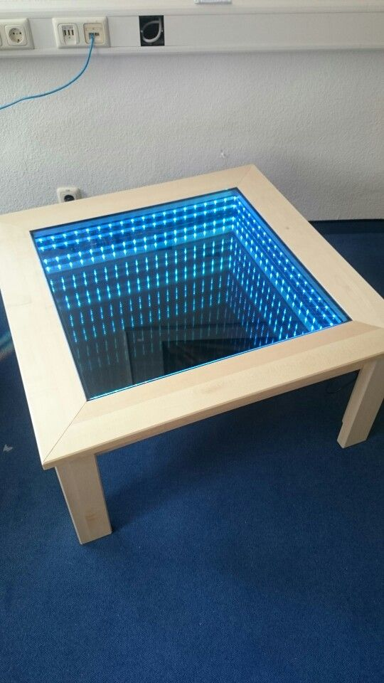 couchtisch eigenbau mit led eigenbau pinterest led. Black Bedroom Furniture Sets. Home Design Ideas