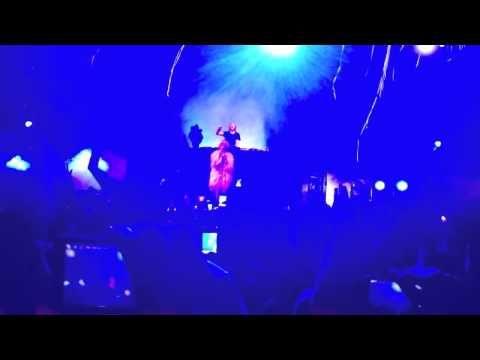David Guetta - Titanium ft. Sia (Live at Coachella 2012) - YouTube