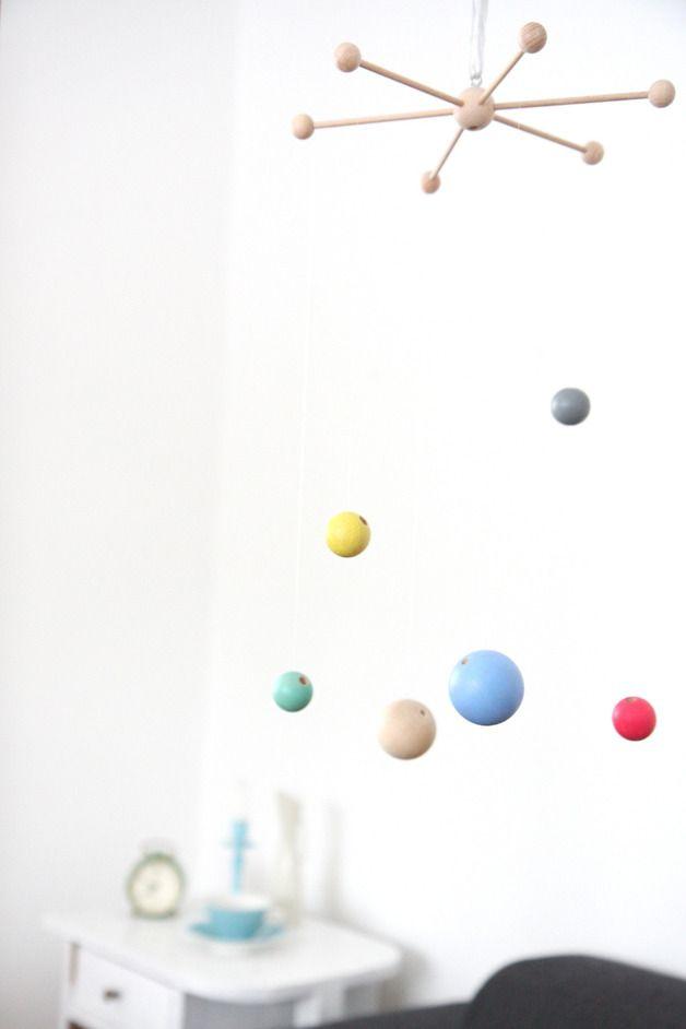 "Mobile ""planets"" Holzkugeln // Wooden beads mobile by Springinkerl via DaWanda.com"