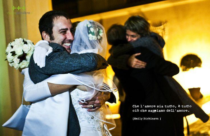 Che l'amore sia tutto, è tutto ciò che sappiamo dell'amore.  Emily Dickinson.  THINK - LOVE  www.studiopensiero.it