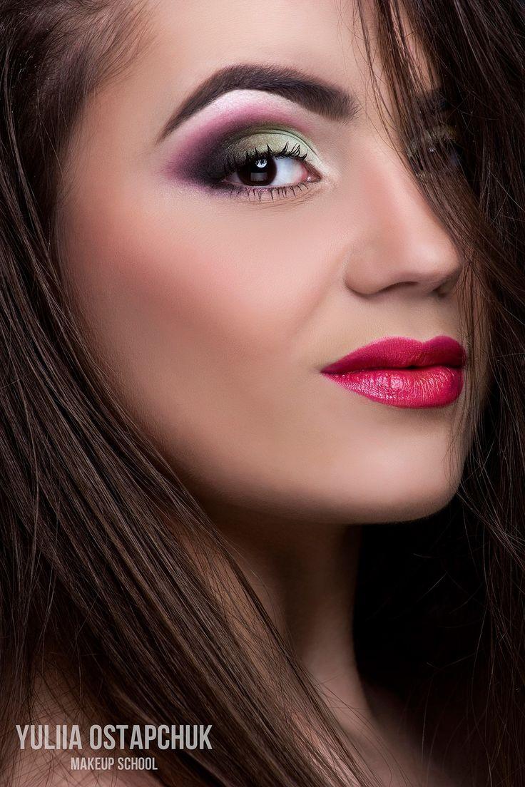 Чи можна змінити життя за допомогою макіяжу – поради візажиста | Про Те