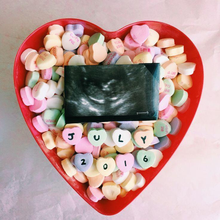 A very cute pregnancy announcement