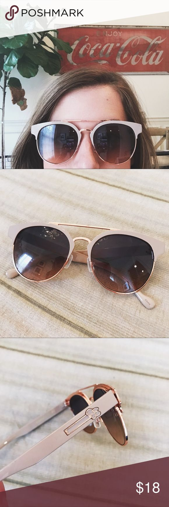 Jessica Simpson Rose Gold Sunglasses Jessica Simpson brand super cute sunglasses. Rose gold metal and blush colored frames. Excellent condition! Jessica Simpson Accessories Sunglasses