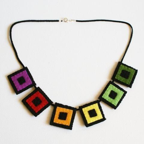 Felt geometric necklace