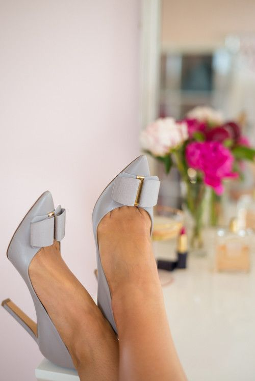 Grey Bow Pumps