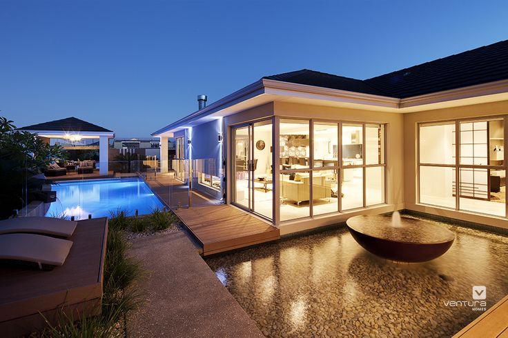 Alfresco patio backyard design. The Sentosa display home by #VenturaHomes