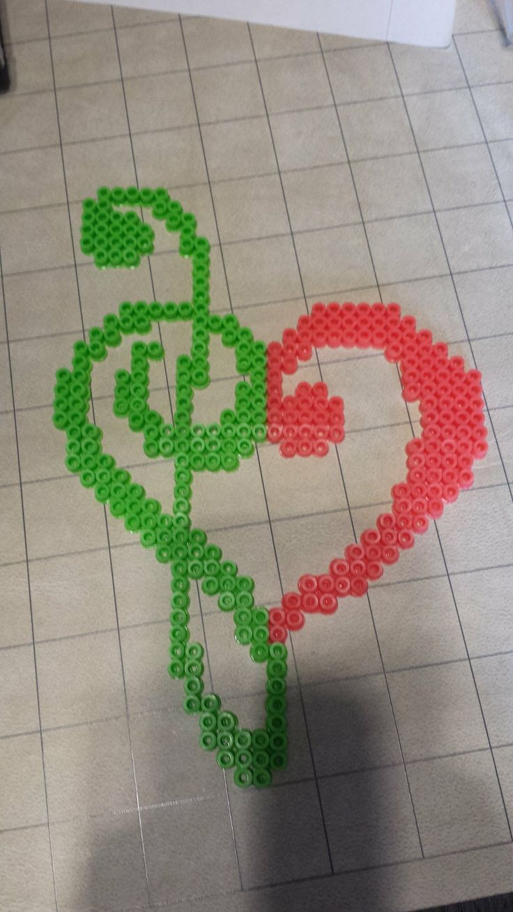 Clef heart made out of perler beads by CharismaIsMyDropStat on deviantART