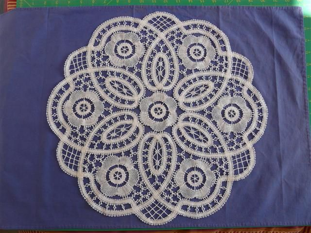 Bruges Lace Mat - could be adapted as a Bruges Crochet pattern
