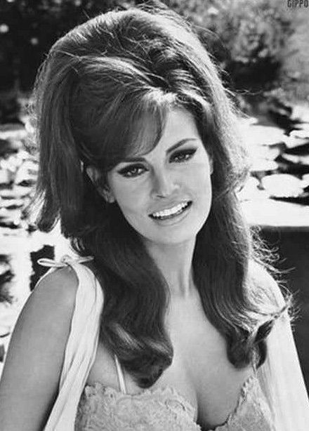 Big Hairstyles for Long Hair | Retro 70′s Hairstyles that are Back in Trend