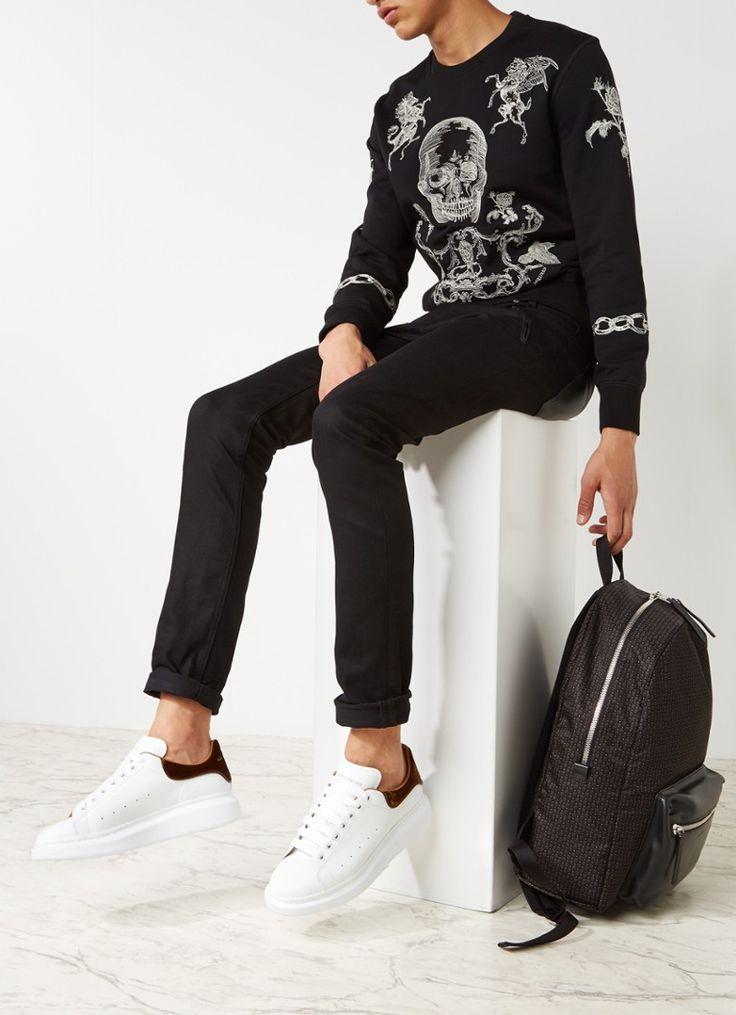 Op zoek naar Alexander McQueen Sneaker van kalfsleer met fluweel ? Ma t/m za voor 22.00 uur besteld, morgen in huis door PostNL.Gratis retourneren.