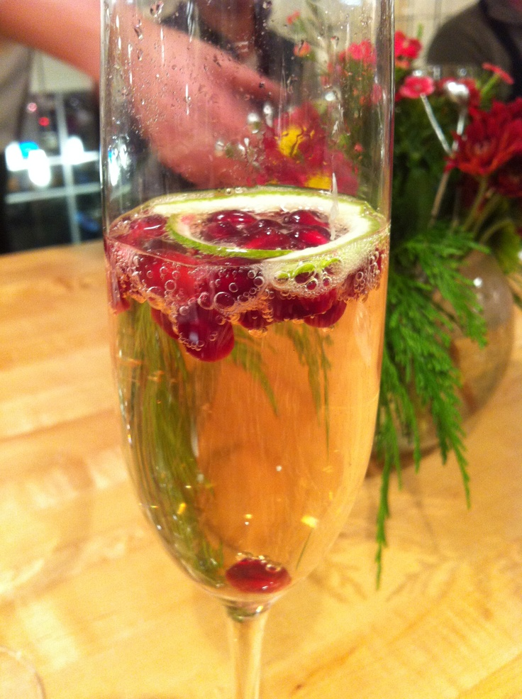 Cheers to Holiday Drink: Champaign & Pomegranate