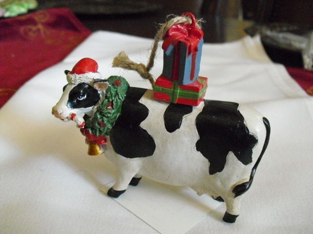 36 best Moo-Moo Christmas! images on Pinterest | Cow, Cows and ...