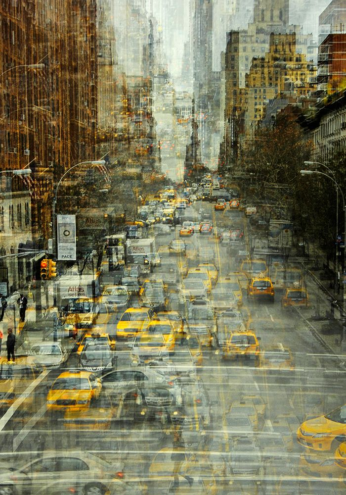 Photographer Stephanie Jung used layering to show the chaos of New York in a single image.