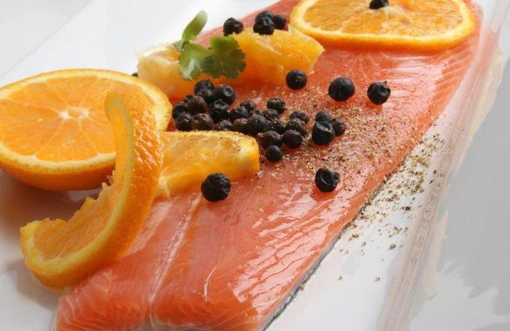 Come #cucinare il #salmone - Ricette con il salmone facili e veloci. Scopri le migliori #ricette con il salmone, #primi piatti, #secondi e contorni sfiziosi e facili da preparare.