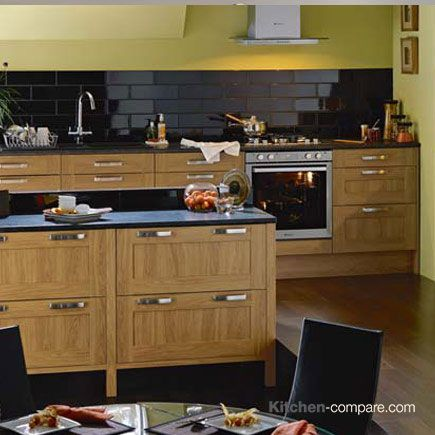 1000 Images About Oak Effect Shaker Kitchens On Pinterest Traditional Shaker Style And A Natural