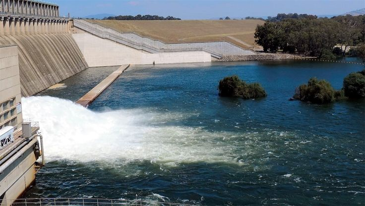 The Hume Weir Absolutely Awesome sight :-) 2015