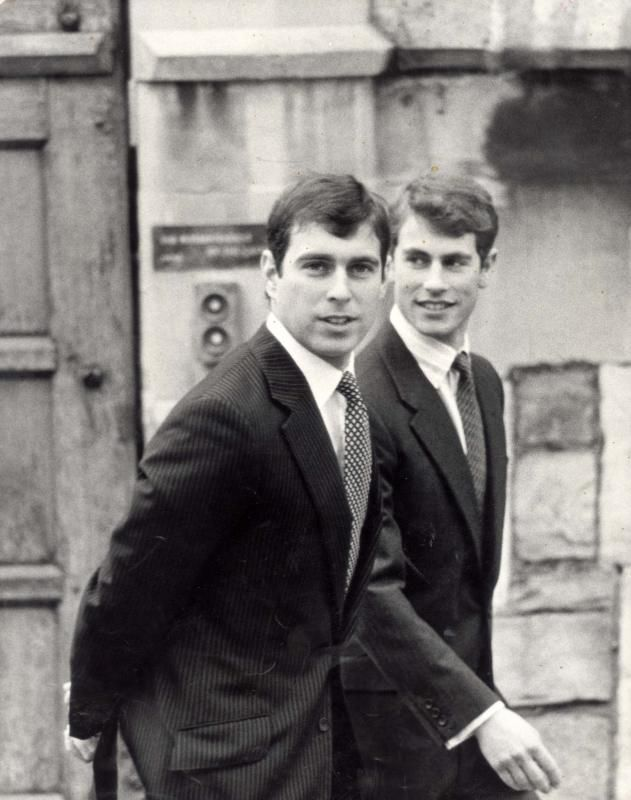 Best Nostalgic Photos Of All Your Favorite Royals Prince Andrew Young Prince Andrew English Royal Family