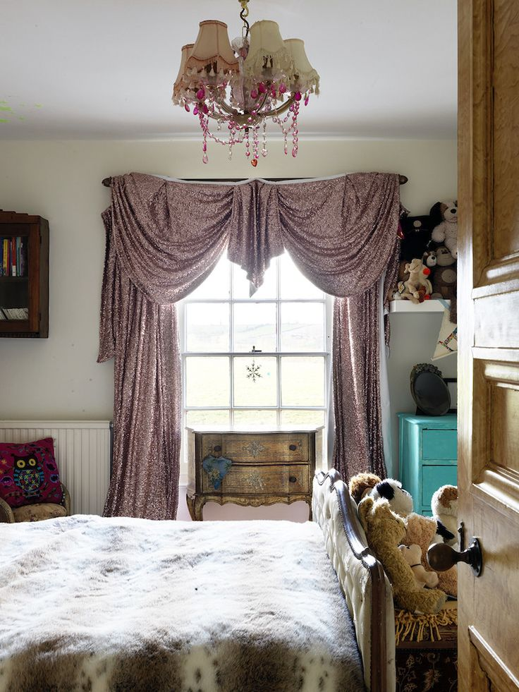 Pearl Lowe Gold sequin curtain in bedroom