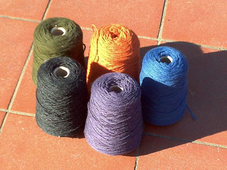 PALERMO, knitting yarn from domoras, 100 % merino wool