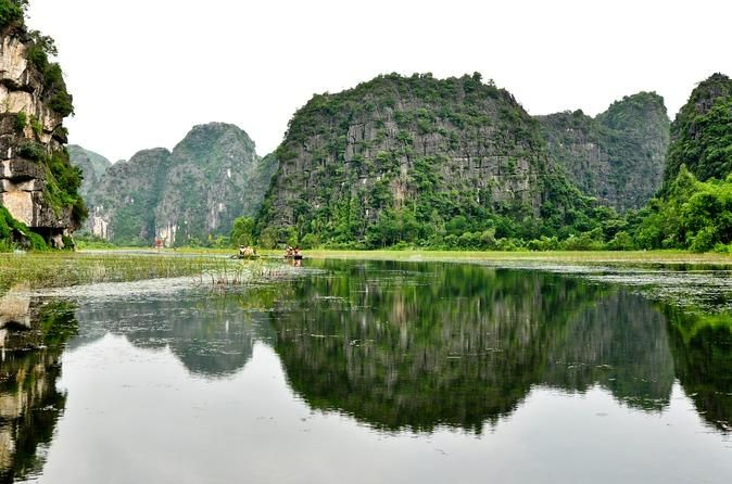 2-Day Private Trip to Cuc Phuong from Hanoi Including a Boat Trip to Trang An 						Enjoy this 2-day private outdoor trip to the Cuc Phuong National Park where you can enjoy some light trekking and learn about local fauna and take a boat trip to Trang An. This itinerary can be customized according to your preferences.  								Day 1: Hanoi - Cuc Phuong National ParkYou will be picked up at your hotel at 7:00AM, and take around 3.5-hour drive to Ninh Binh and into Cuc Phuong Na...