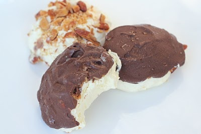 Low-Carb Frozen Snickers! :)