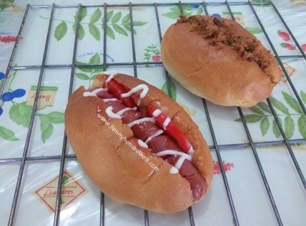 Beef Floss Bun & Hot Dog Bun