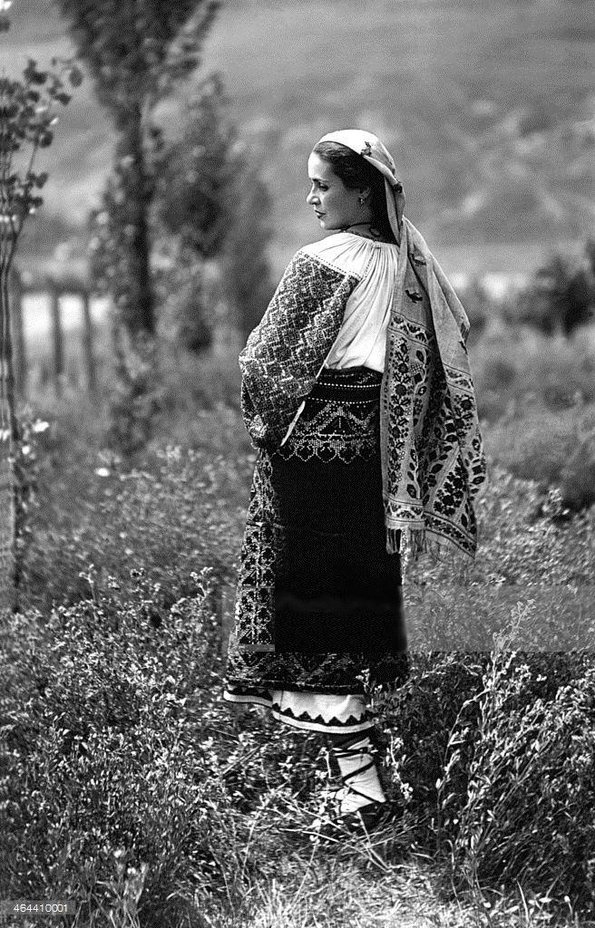 Moldova Romania woman traditional dress Adolph Chevallier 1920s