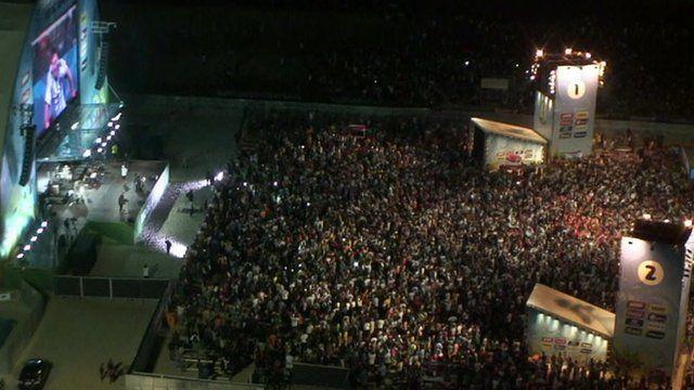 BBC News - Argentina fans pack Copacabana beach