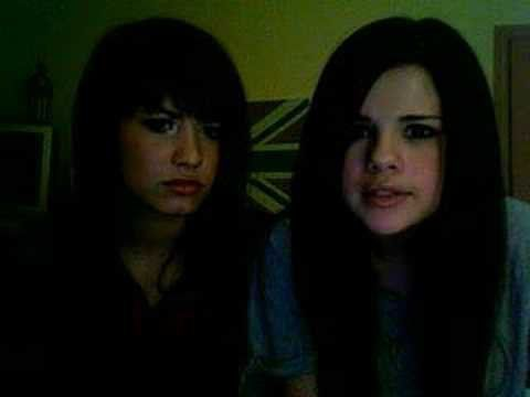 Pin for Later: You'll Feel For the Past After Rewatching Selena Gomez and Demi Lovato's Childhood Vlogs When They Took Questions From Their Viewers