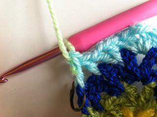 how to join colors in crochet