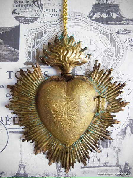 Gold Flaming Heart ex-Voto Cachette with Jagged Halo