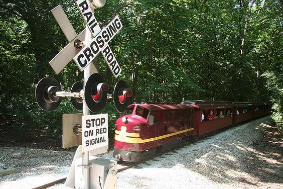 Milwaukee Zoo train: