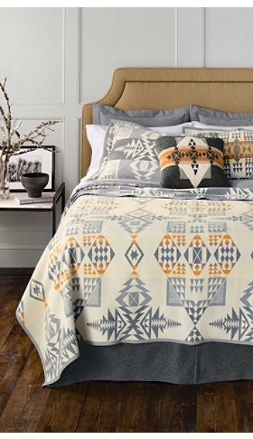 pendleton 174 classic wool comforter in white bed 164 best pendleton blankets images on 812