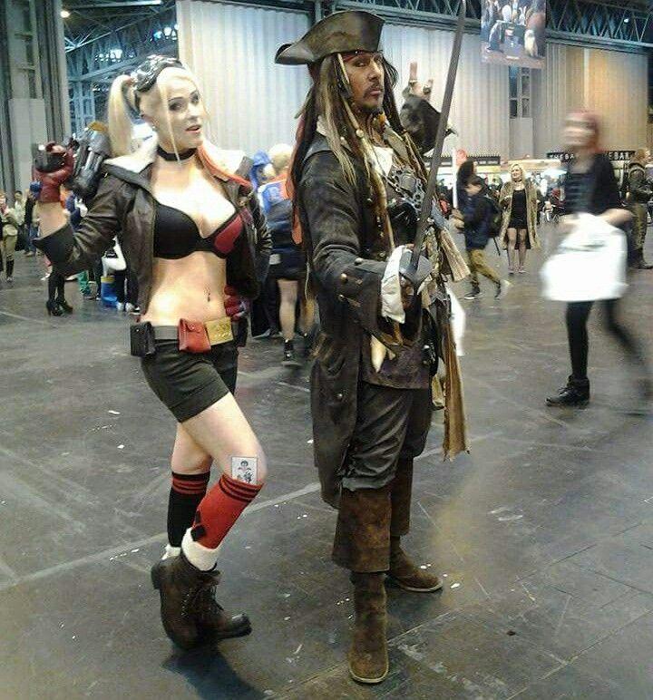 Captain Jack Sparrow Lookalike and Harley Quinn lookalike. #harleylookalike #hireharleyquinn #harleyquinn #harleyquinncosplay #harleyquinnlookalike #classicharleyquinnlookalike #classicharleyquinn #harleyquinnshammer #captainjacksparrowlookalike #jacksparrowlookalike #jacksparrow #waynemarktruman #pirateparty #jacksparrowforhire #captainjacksparrowforhire #waynetrumanjacksparrow #hirejacksparrow #derbyjacksparrow #matlockbathjacksparrow