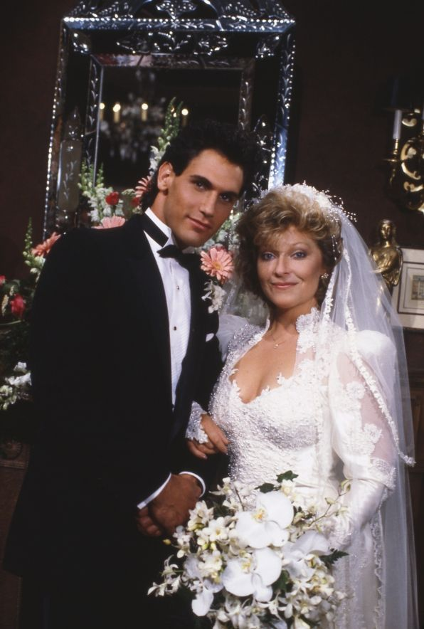 Don Diamont and Beth Maitland AKA Traci Abbott and Brad Carlton.   First wedding.  They also had one daughter Colleen Carlton .
