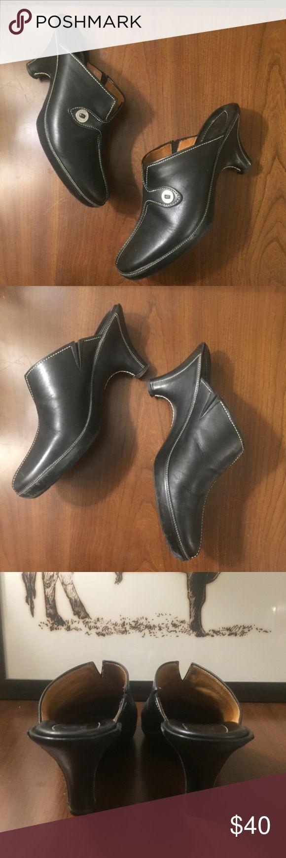 """Cole Haan Black Mule Clog Slide Platform Heel Pump Cole Haan Black Mule Clog Slide Platform Heel Pump  Excellent condition women's Cole Haan Clog. Stitch design. Size 7.5  - 3 3/4"""" heel Cole Haan Shoes Heels"""